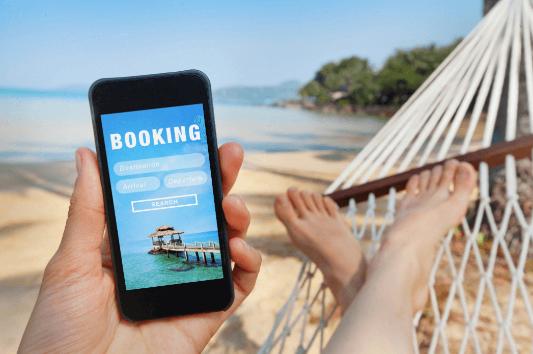 Hotel design impact on consumers' while booking for a vacation