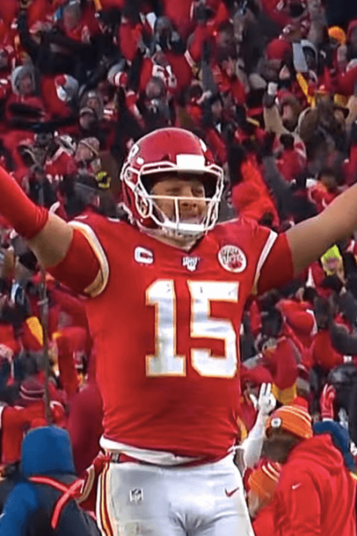 Patrick Mahomes indicators most lucrative sports offer in the background, agent states