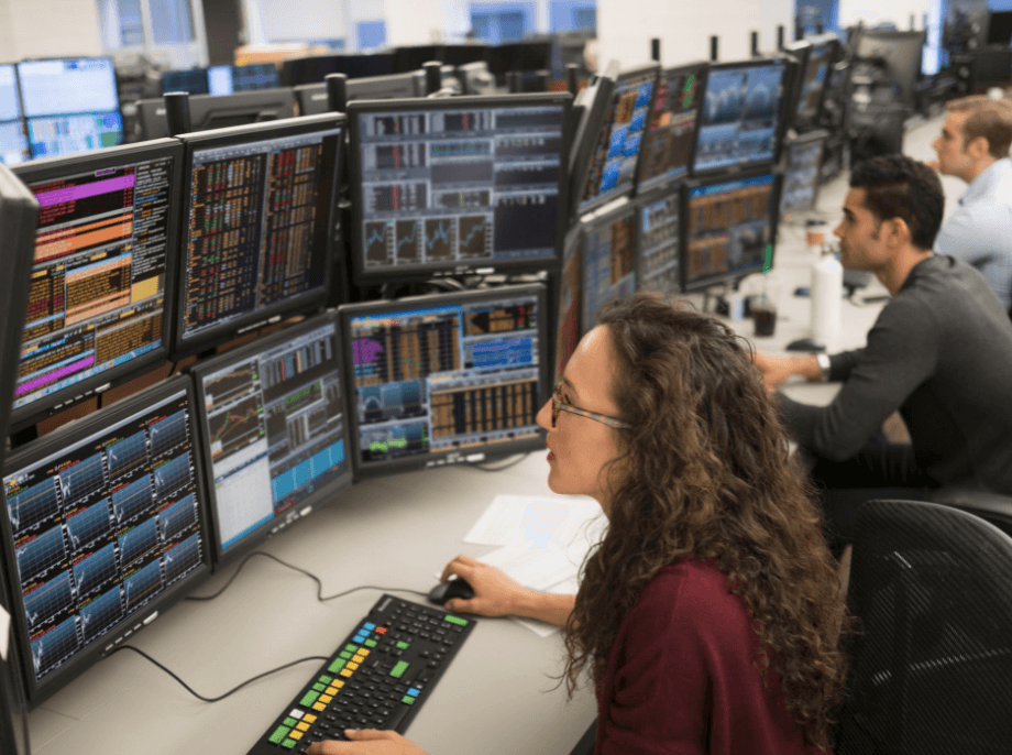 How do the pro traders select their broker?